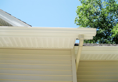 exterior house washing and pressure washing service cleans dirty gutters